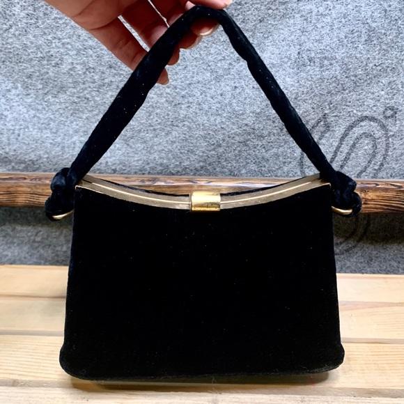 Vintage Handbags - Vintage Black Velvet Handbag